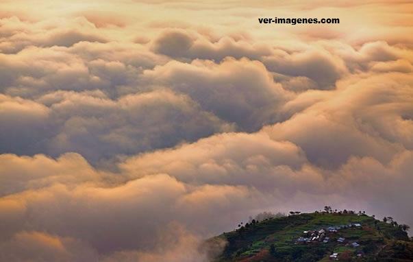 Nagarko: un pueblo del himalaya donde las nubes se ven hacia abajo
