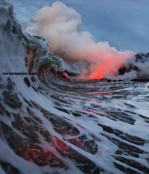 Lava llega hasta el mar!