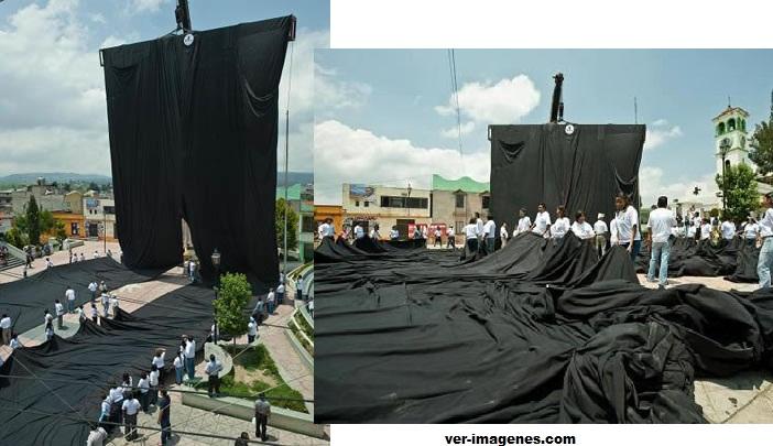 Récord guiness: el pantalón más grande del mundo