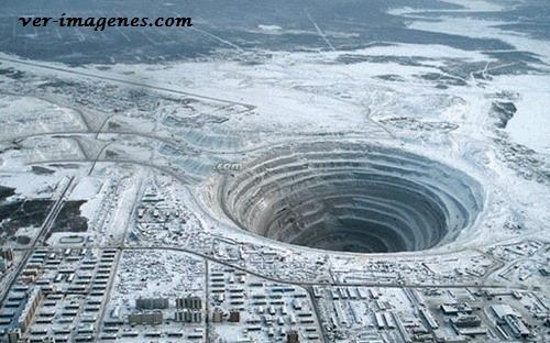 La mayor mina de diamantes del mundo!