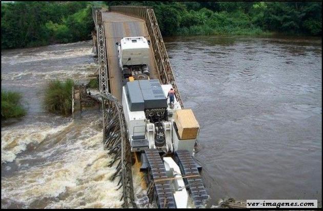Cuando el puente tiene demasiado peso!