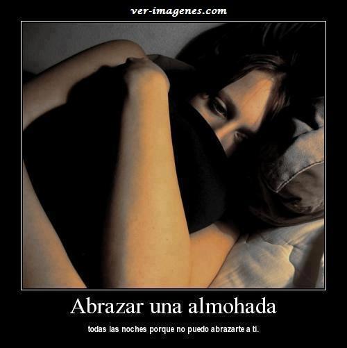 Abrazar una almohada