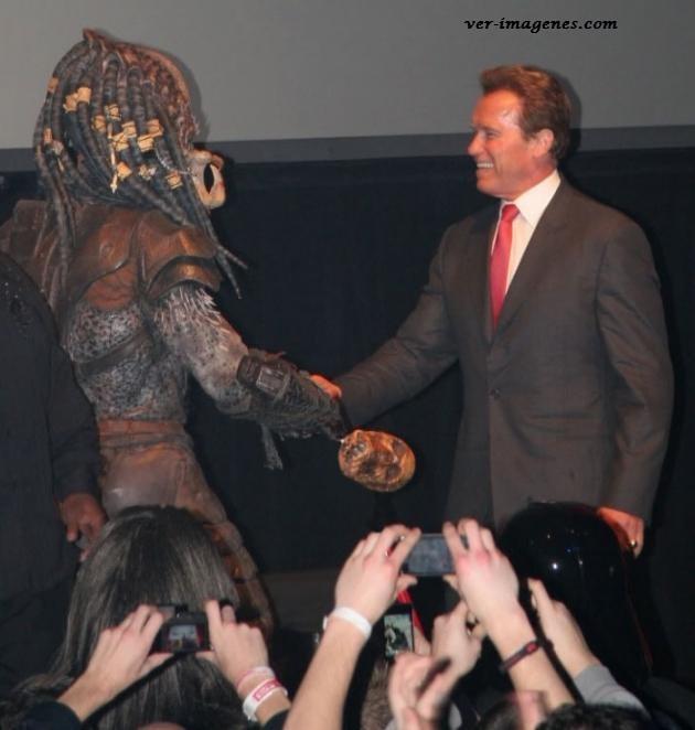 Al final Arnold Schwarzenegger y el depredador se hacen amigos