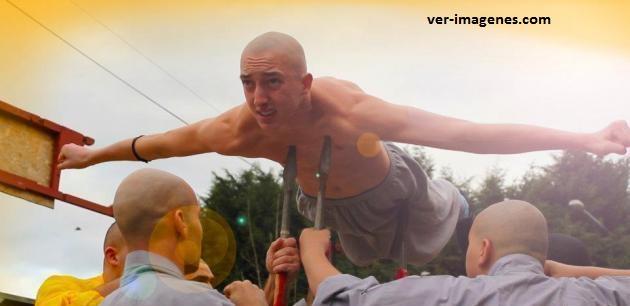 Un duro entrenamiento con los monjes Shaolín