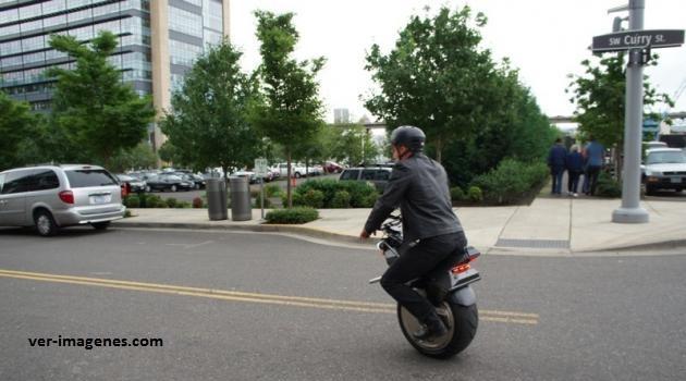 Motocicleta de una llanta