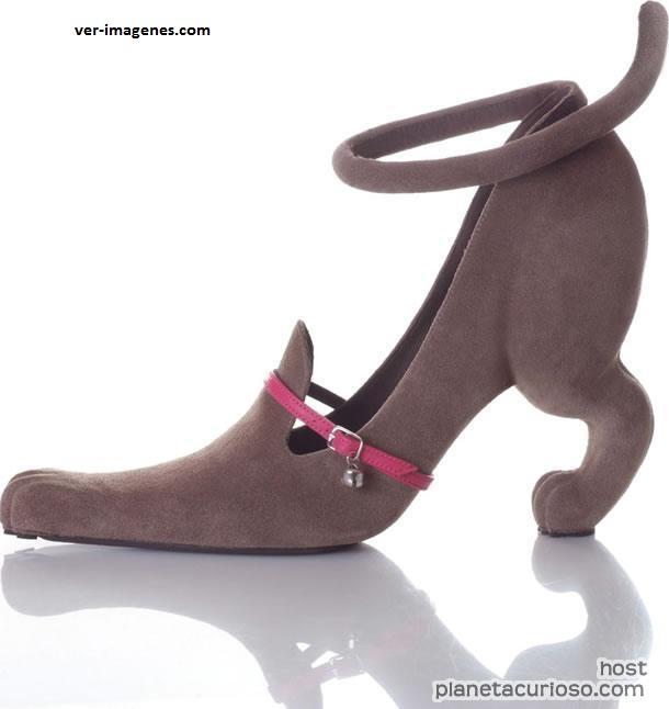 Curiosa zapatilla para chicas