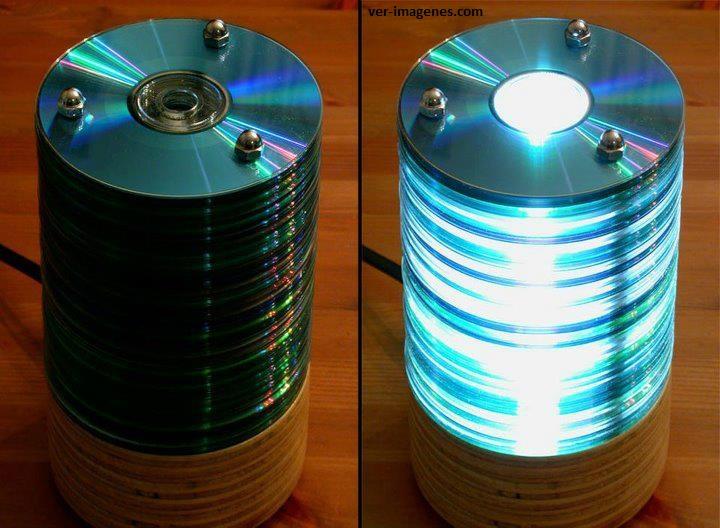 Lampara de mesa con cd