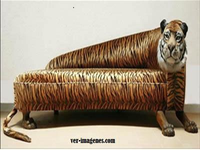 Sofa-tigre
