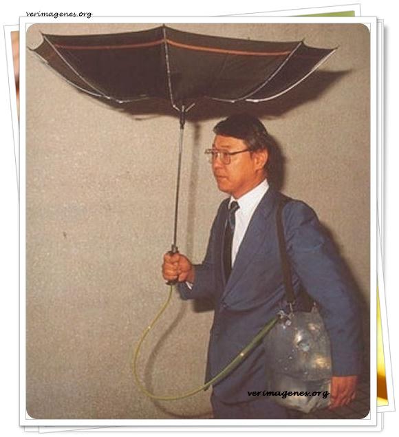 Paraguas para reciclar agua de lluvia